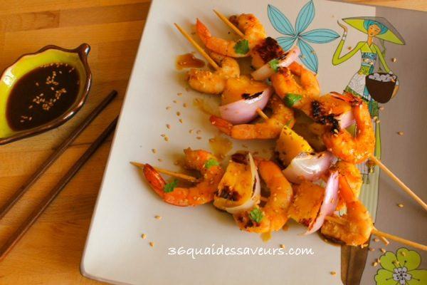 Brochettes de crevettes et ananas à l'asiatique