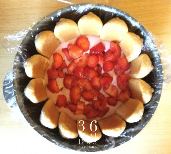 Charlotte aux fraises et à l'amande